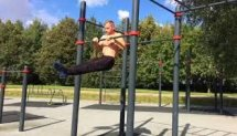 Walking in the air (front lever)