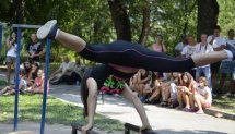 Liya Shtereva Street Workout Competition Devin - horizontal/parallel bar set