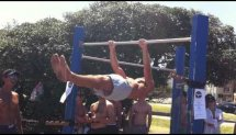 Jarryd Rubinstein 33 seconds Front Lever Hold at Bondi Beach