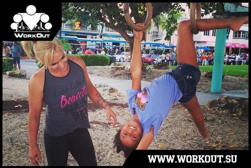 Девушки в воркауте: Алексия Эванс (Майами, США)