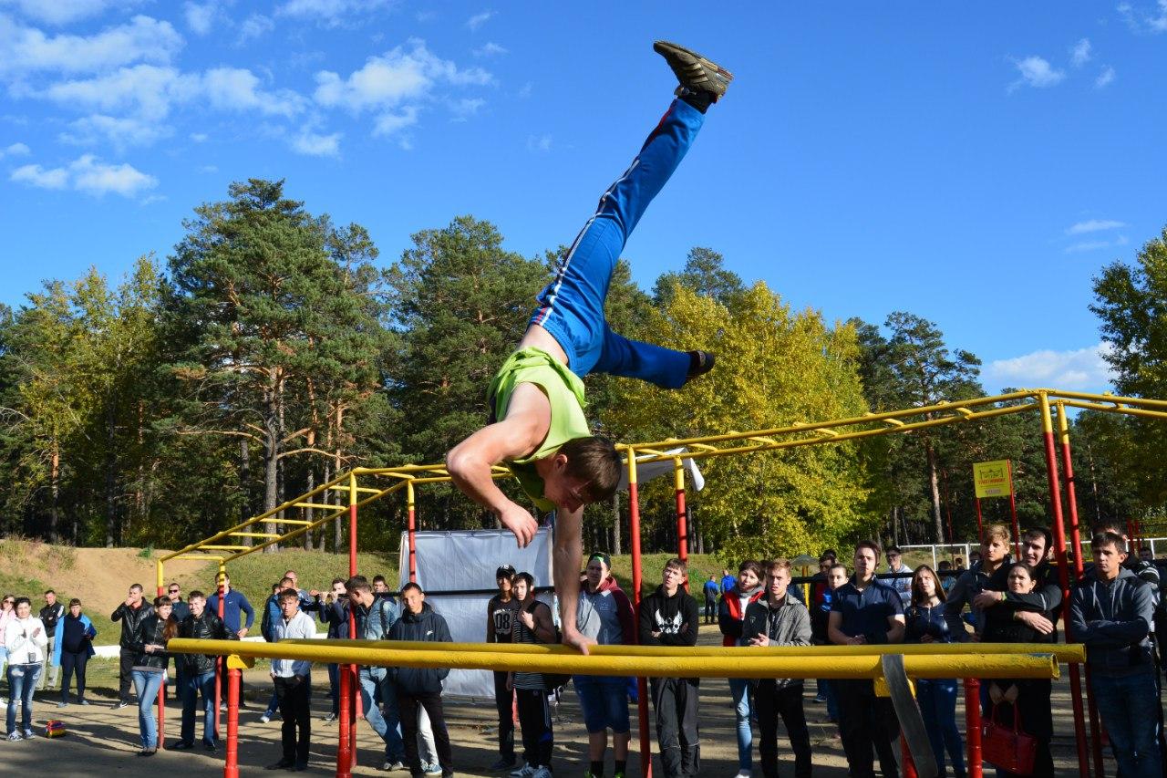 Соревнования по дворовому спорту на турниках Workout пройдут в Чите